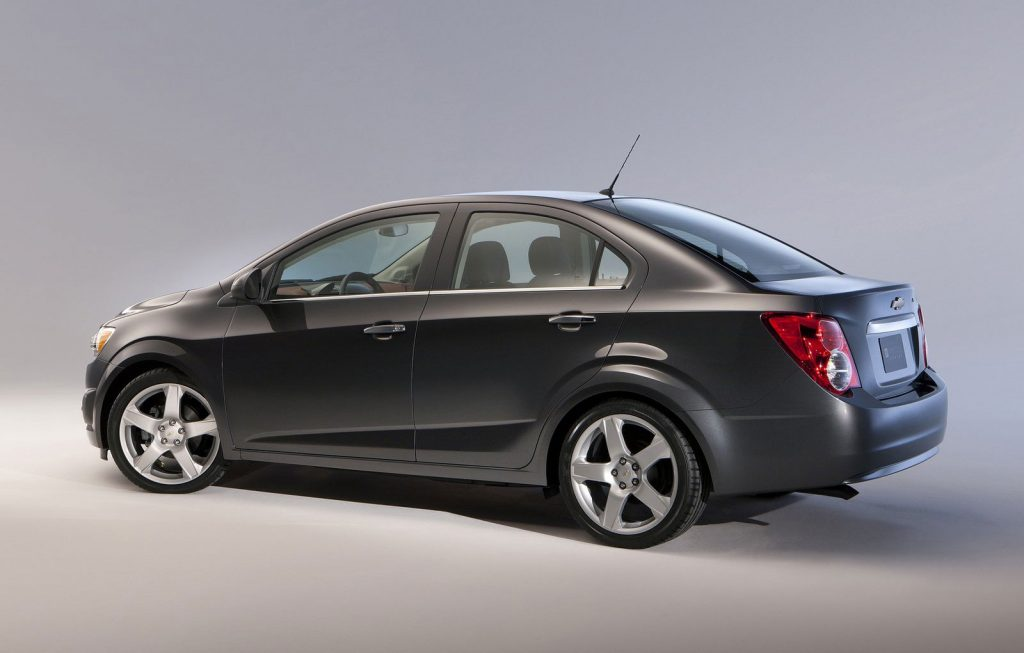2012 chevrolet aveo sedan oopscars. Black Bedroom Furniture Sets. Home Design Ideas