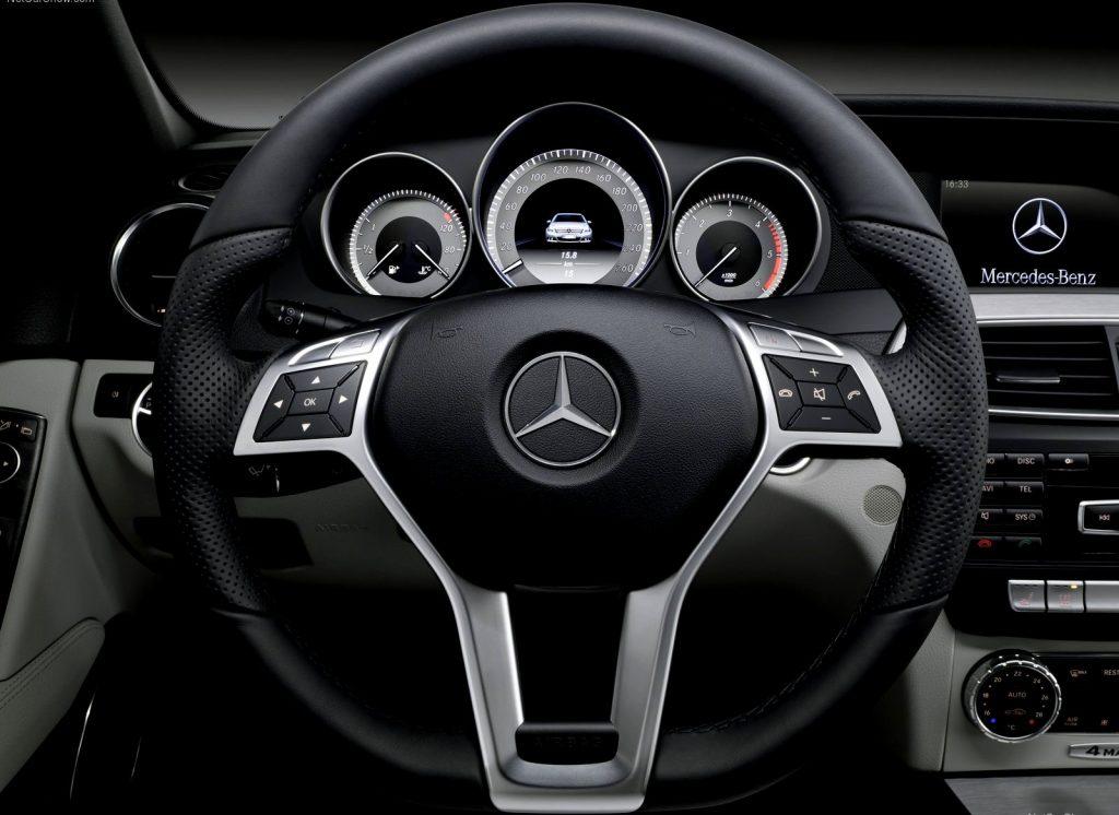 Car Steering Wheel Dashboard Galleryhipcom The