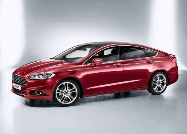 2013_FORD_MONDEO_Hatchback_pic-1