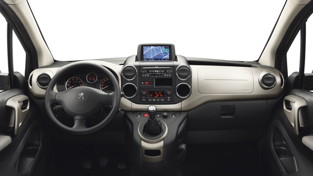2013 Peugeot Partner Tepee - Fotos de coches - Zcoches
