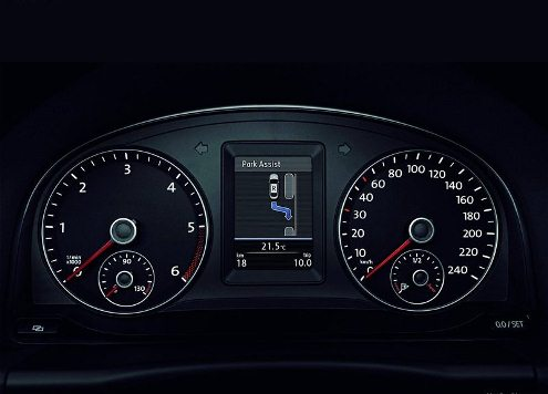 2013 VW TOURAN dashboard pic 2013 VW TOURAN