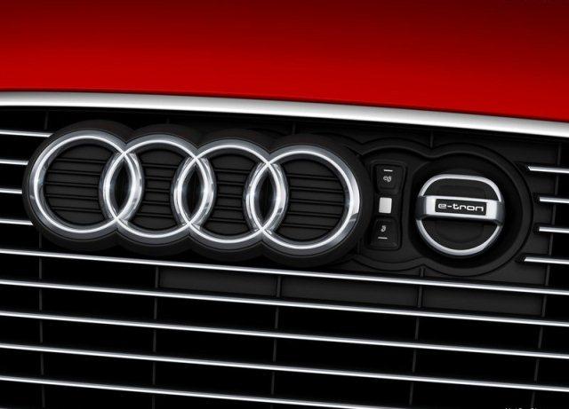 2014_Audi_A3_e-tron_pic-9