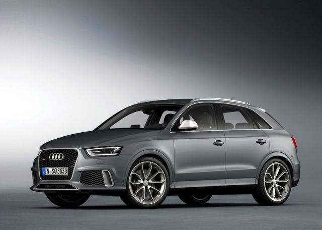 2014_Audi_RS_Q3_front_pic-8