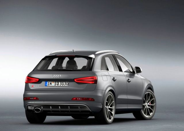 2014_Audi_RS_Q3_rear_pic-12