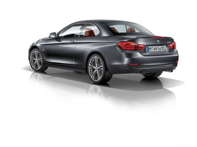 2014_BMW_4_SERIES_Cabrio_rear_pic-4
