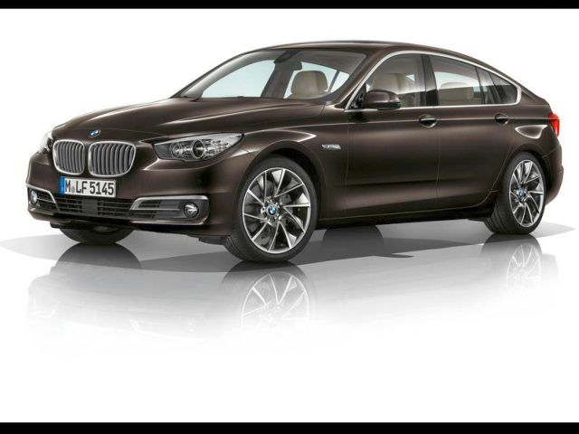 2014_BMW_5_SERIES_GT_front_pic-1