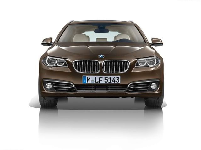 2014_BMW_5_SERIES_TOURING_brown_front_pic-11