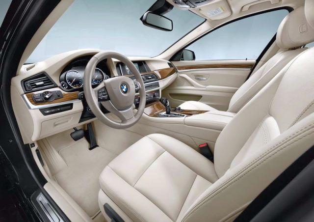 2014_BMW_5_SERIES_TOURING_brown_interior_pic-20