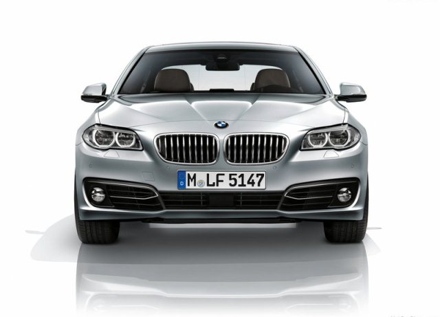 2014_BMW_5_SERIES_front_pic-3