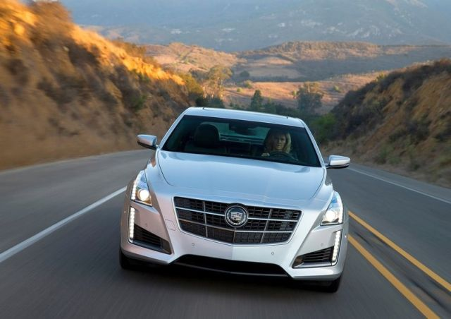 2014_CADILLAC_CTS_front_pic-3