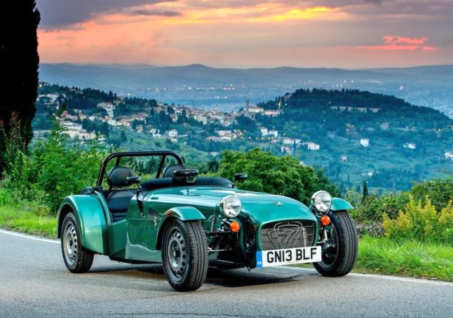2014_CATERHAM_SEVEN_160_Front_pic-3