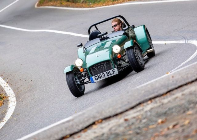 2014_CATERHAM_SEVEN_160_Front_pic-5