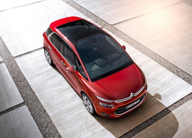 2014_CITROEN_C4_PICASSO_airview_pic-6