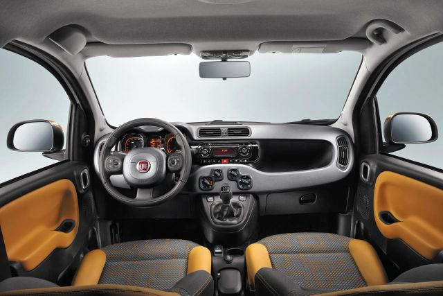 2014 FIAT PANDA 4X4 dashboard pic 6 2014 FIAT PANDA 4X4 SUV