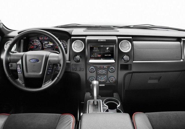 2014_FORD_F-150_interior._pic-