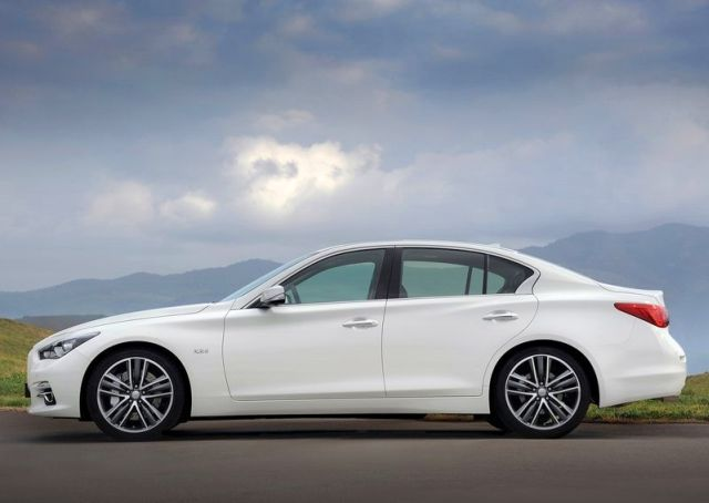 2014_INFINITI_Q50_profile_white_color_pic-7