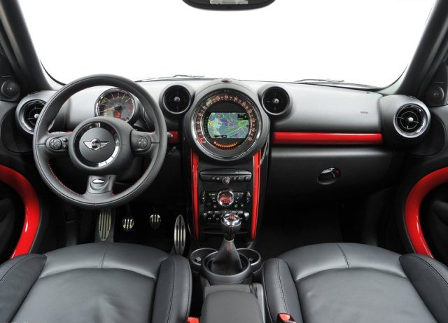 Mini countryman john cooper works tuning oopscars - Countryman interior ...