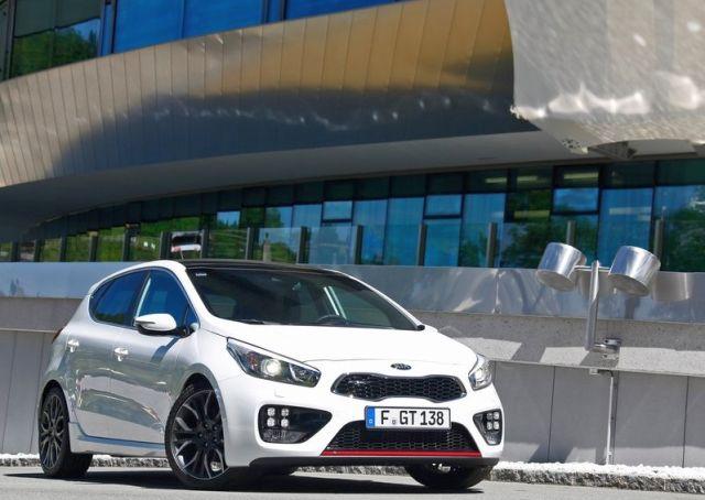 2014 KIA Cee'd GT White