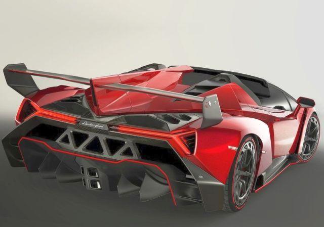2014_LAMBORGHINI_VENENO_Roadster_RED_rear_pic-4