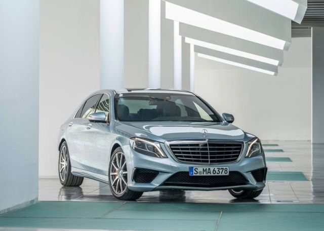 2014_MERCEDES_S63_AMG_front_pic-6
