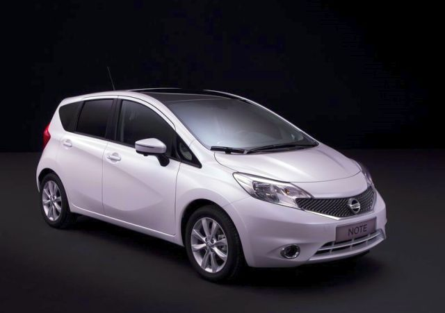 2014_NISSAN_Note_white_front_pic-5