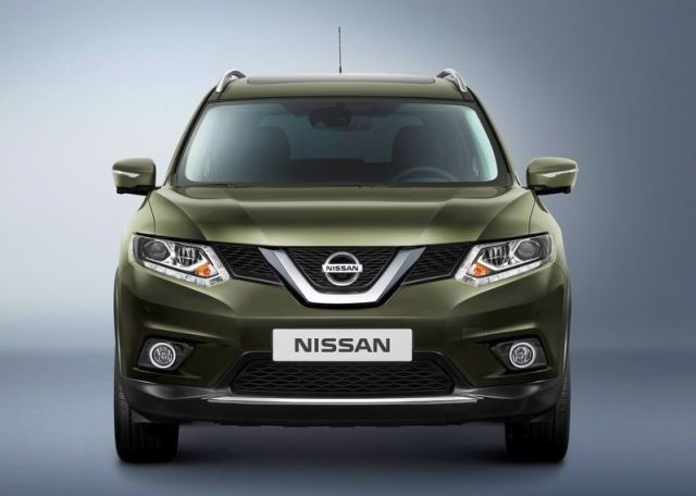 2016_NISSAN_X-TRAIL_front_pic-2