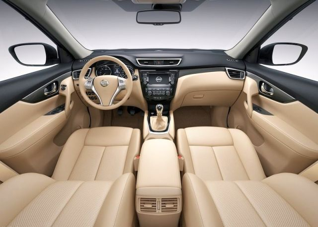 2014_NISSAN_X-TRAIL_leather_interior_pic-8
