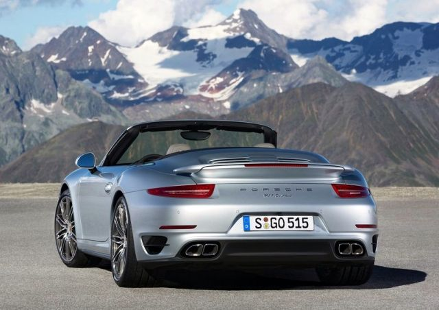 2014_PORSCHE_911_TURBO_CABRIO_rear_pic-4