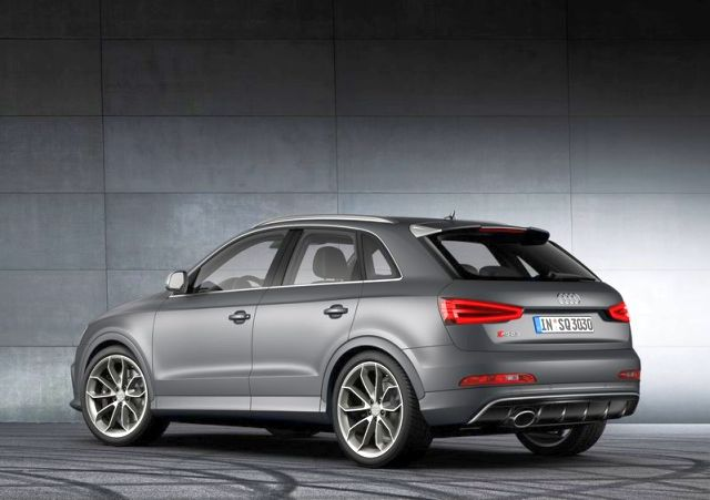 2014_RS_Q3_Audi_rear_pic-14