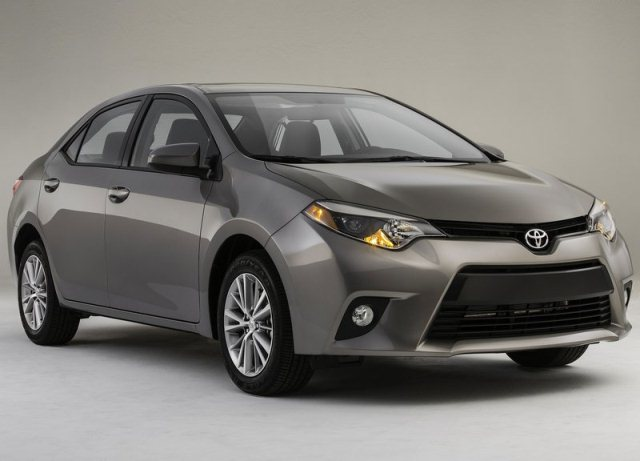 2014_TOYOTA_COROLLA_ front_pic-1