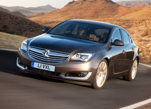 2014_VAUXHALL_INSIGNIA_Restyle_front_pic-1