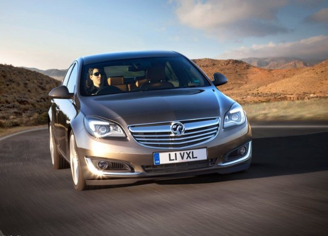 2014_VAUXHALL_INSIGNIA_Restyle_front_pic-2