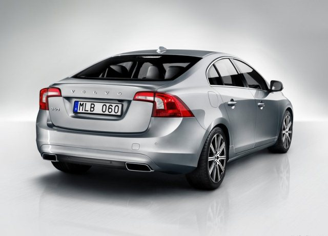2014_VOLVO_S60_pic-2