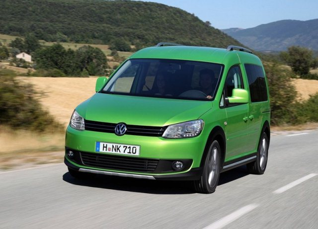2014 vw caddy cross green pic 1 oopscars. Black Bedroom Furniture Sets. Home Design Ideas