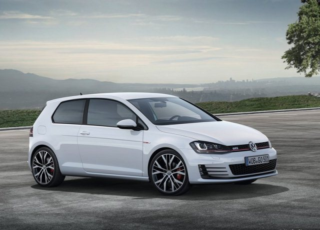 2014_VW_GOLF_GTI_front_pic-1