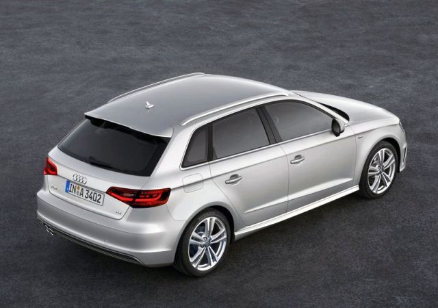 2015_AUDI_A3_S-line_airview_rear_pic-6