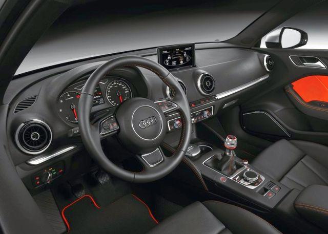 2015_AUDI_A3_S-line_steeringwheel_pic-17