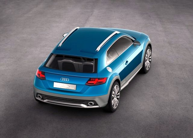 2015_AUDI_ALLROAD_SHOOTING_BRAKE_rear_pic-5