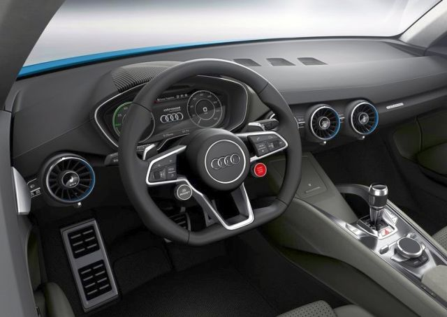 2015_AUDI_ALLROAD_SHOOTING_BRAKE_steeringwheel_pic-7
