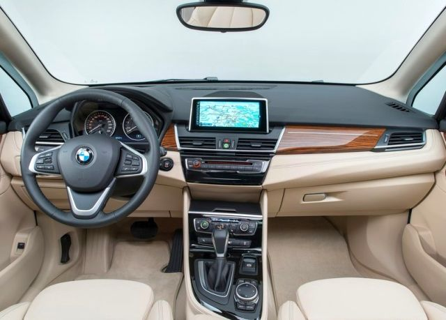 2015 New BMW 2 ACTIVE TOURER