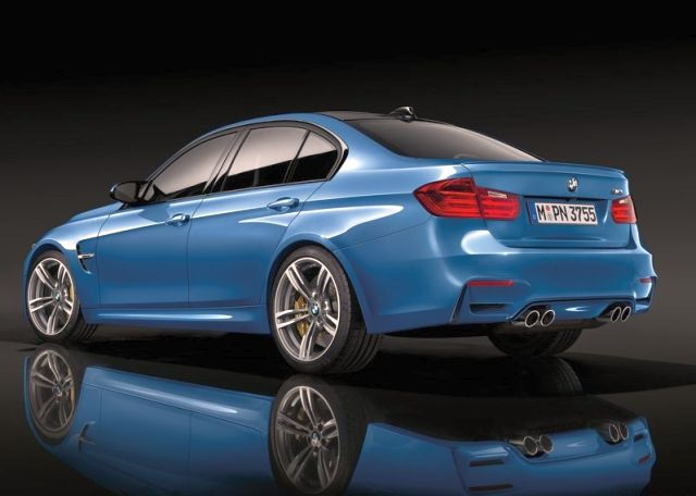 2015_BMW_M3_rear_pic-8