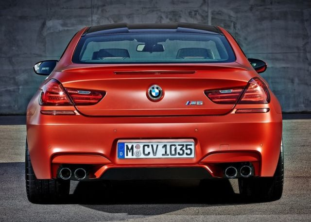 2015_BMW_M6_COUPE_pic-12
