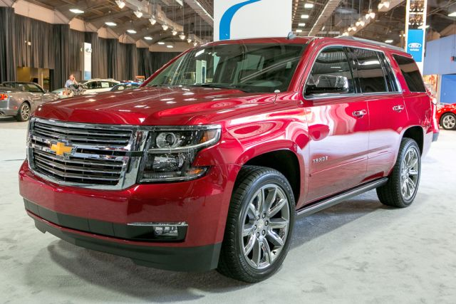 2015_CHEVROLET_TAHOE_front_pic-6