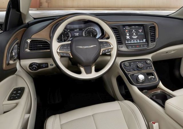 2015 New CHRYSLER 200