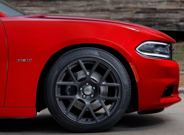 2015_DODGE_CHARGER_pic-11