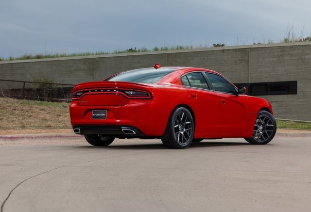 2015_DODGE_CHARGER_pic-7
