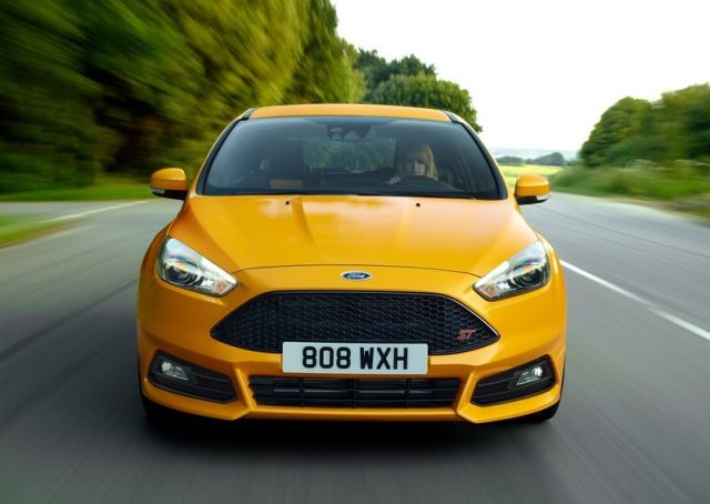 2015_FORD-FOCUS_ST_pic-13
