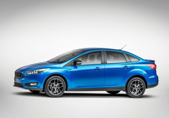 2015 New FORD FOCUS SEDAN