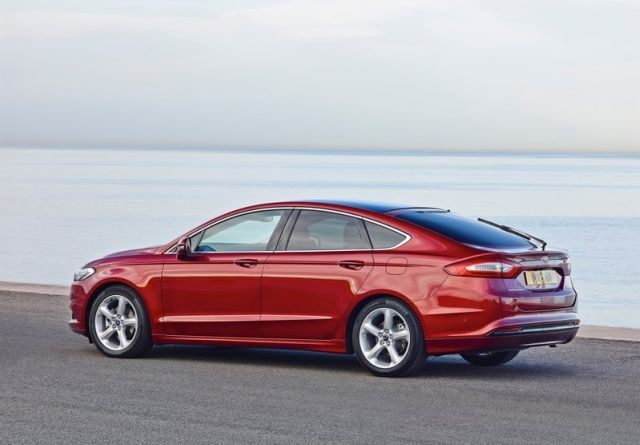 2015_FORD_MONDEO_pic-5