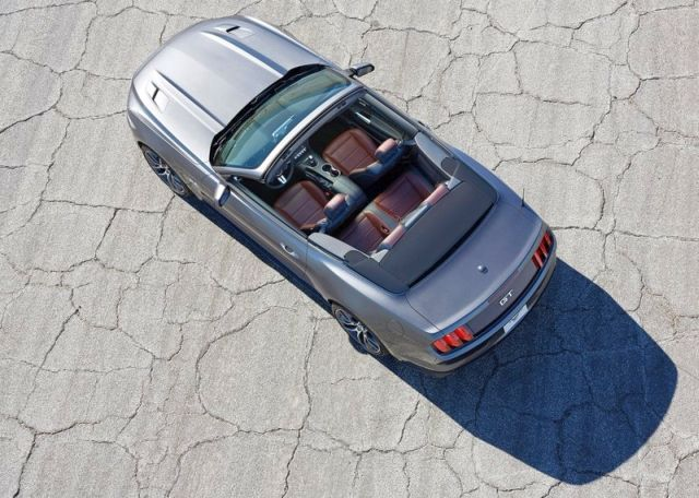 2015_FORD_MUSTANG_CABRIO_airview-pic-4